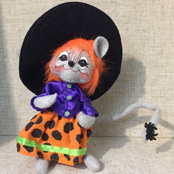 """Annalee Halloween 6"""" Dotty Witch 2010 Mouse NWT"""